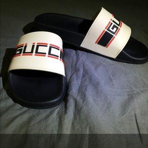 Gucci pursuit stripe slide.